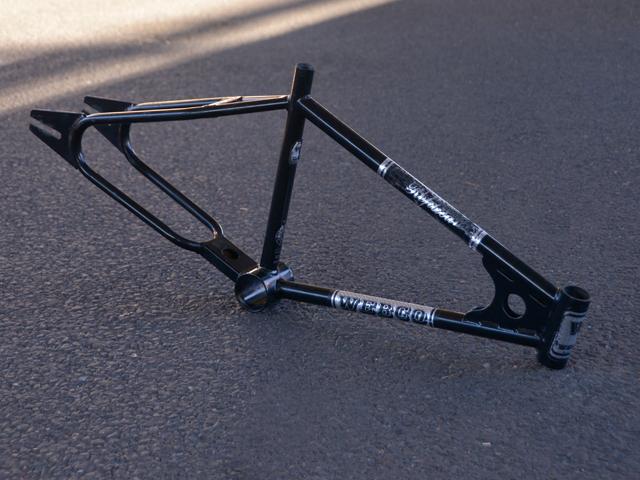 webco-replica-frame-black